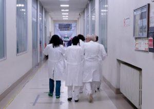"""Coronavirus, morto il segretario provincia dei medici di famiglia di Lodi. Il sindacato: """"Stiamo pagando un prezzo altissimo"""""""