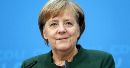 Coronavirus, Angela Merkel entra in quarantena dopo aver incontrato medico positivo