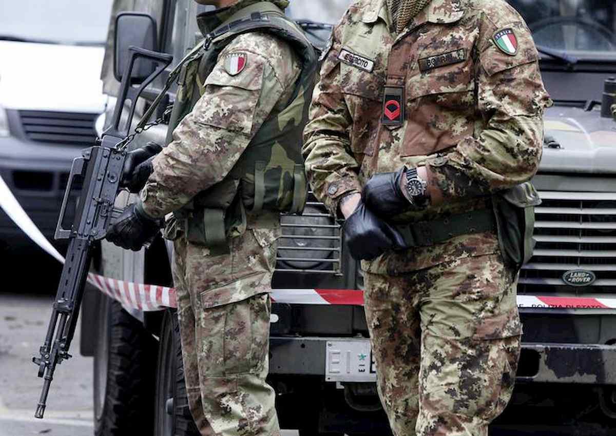 """Soldatessa picchiata dall'ex e superiore: """"Mi faceva stare sull'attenti in casa"""""""