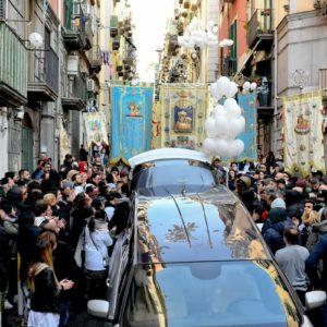 Ugo Russo, funerali a Napoli nonostante il divieto per coronavirus: scontri con la polizia
