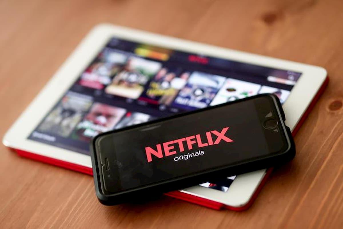 Internet forse non ce la fa, l'HD è un lusso. Netflix e Youtube passano alla risoluzione standard