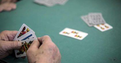 A Bresso (Milano) il contagio è cominciato con le partite a carte