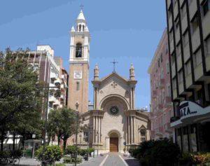 Coronavirus mi ha riportato in chiesa (aperta grazie al Papa) dopo 40 anni. Prego per mio cugino infettato