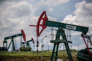 Petrolio in caduta libera (-31%), guerra dei prezzi Mosca-Riad. E Coronavirus affossa le Borse