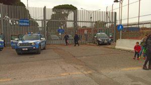 Cornavirus, disordini al carcere di Rebibbia a Roma: forse evasi in fuga