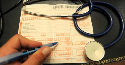 Coronavirus, la ricetta medica via mail o WhatsApp. Stop alle file in ambulatorio