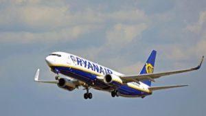 Ryanair, causa coronavirus taglia il 25% dei voli sull'Italia per 3 settimane