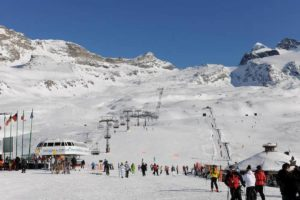Coronavirus, chiusi tutti gli impianti di sci in Italia da martedì 10 marzo