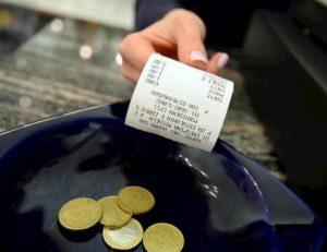 Lotteria scontrini, tutti i premi. Estrazioni annuali: un milione e 5 milioni (cashless)