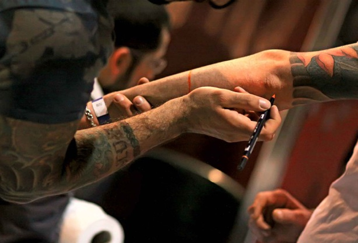 Tatuatore, Ansa