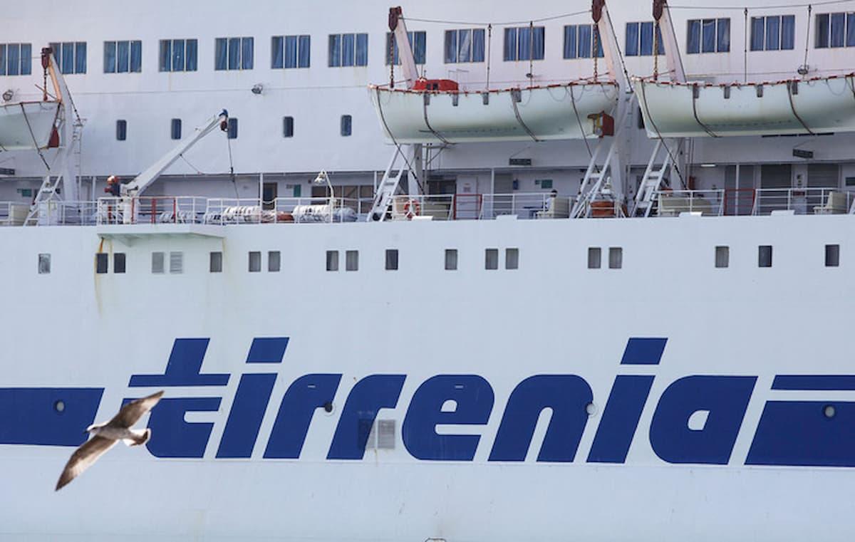 Tirrenia blocca tutti i collegamenti per Sardegna, Sicilia e Tremiti