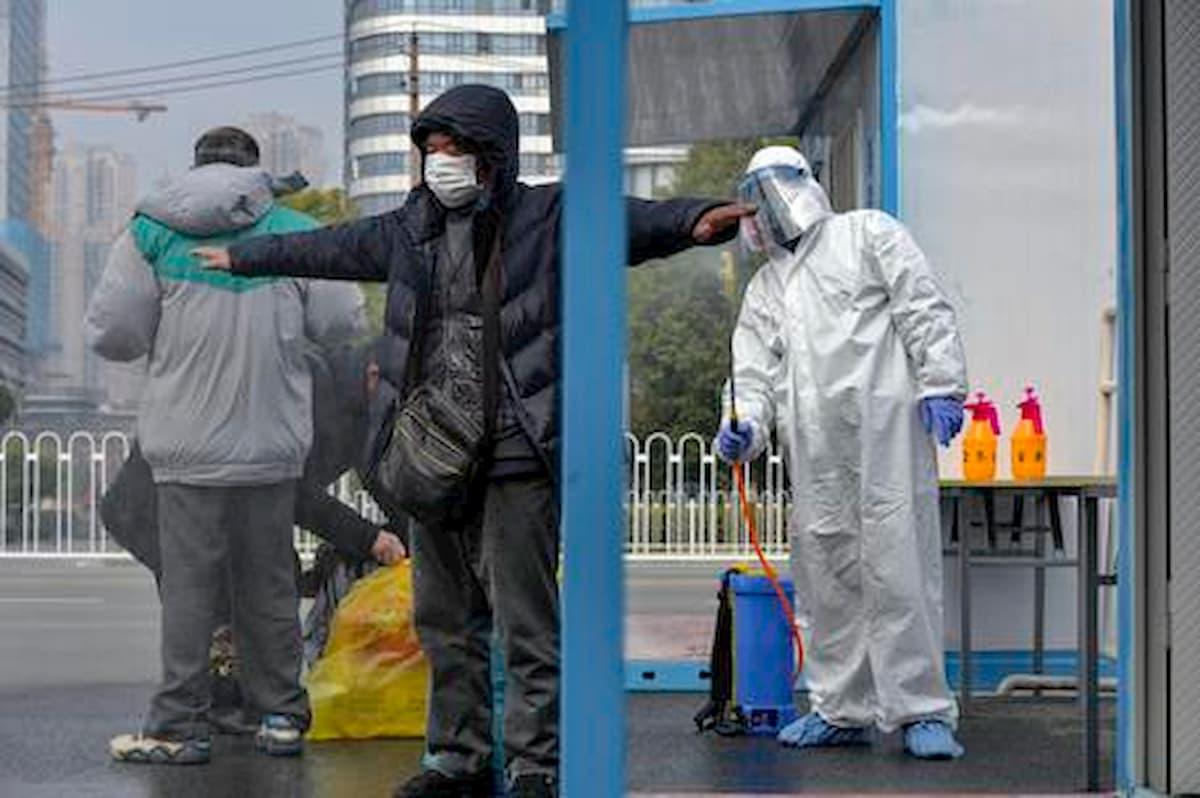 Hantavirus uccide un uomo in Cina. Sintomi simili al coronavirus, lo trasmettono i topi