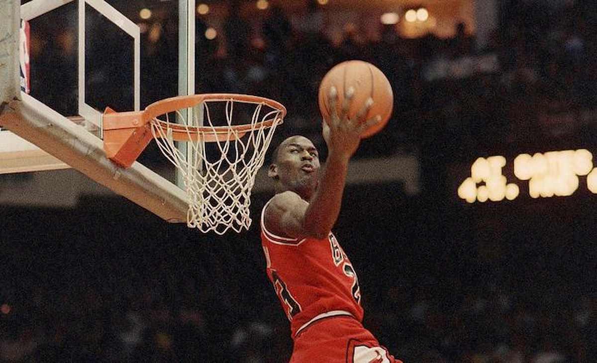 """Michael Jordan: """"Quando sono arrivato ai Chicago Bulls ho trovato festini con cocaina, marijuana e donne"""""""