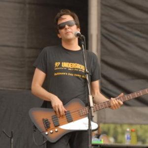 Adam Schlesinger morto coronavirus: il musicista aveva 52 anni
