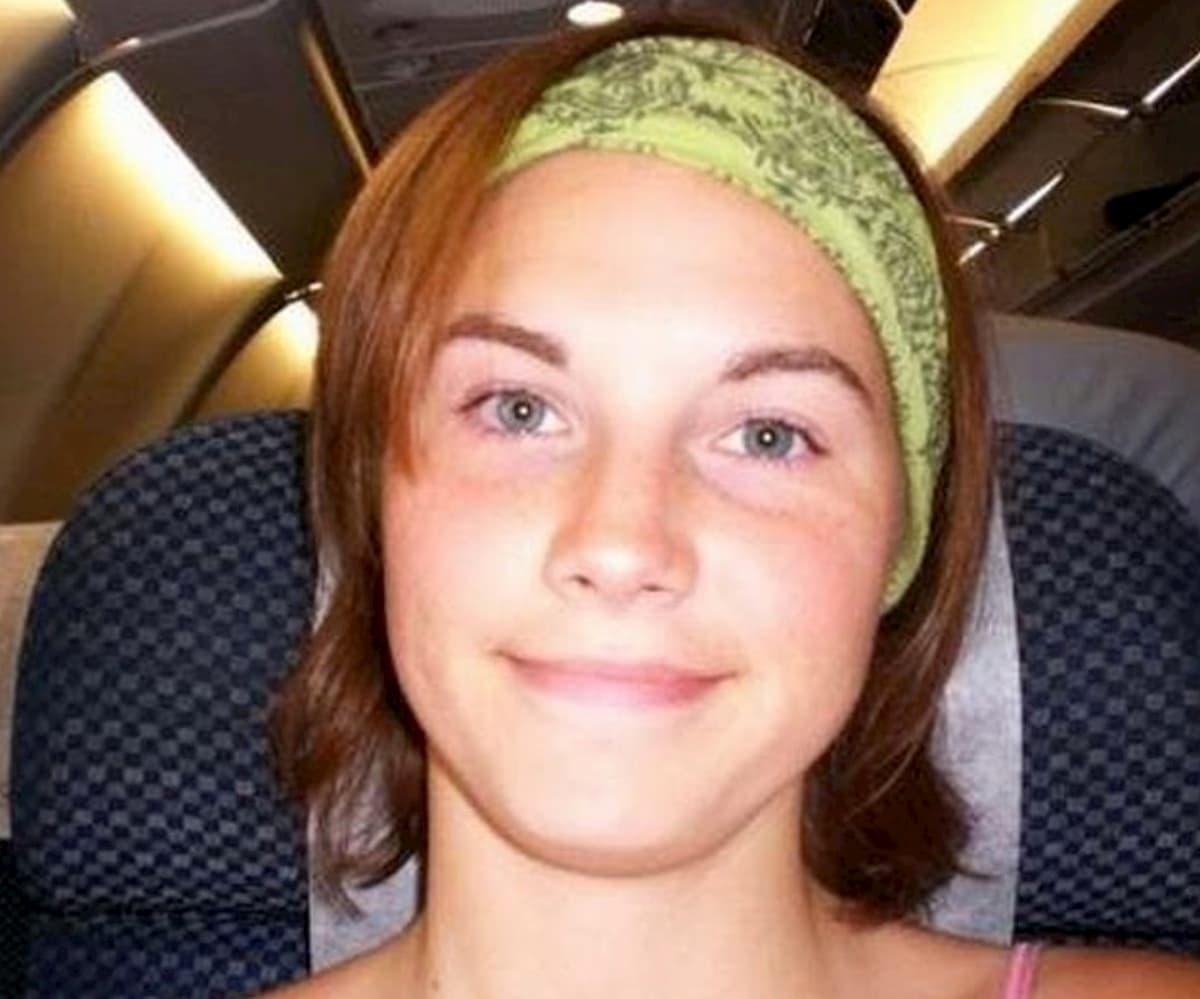 """Amanda Knox, foto su Instagram: """"Io a 20 anni, in volo verso Perugia"""""""