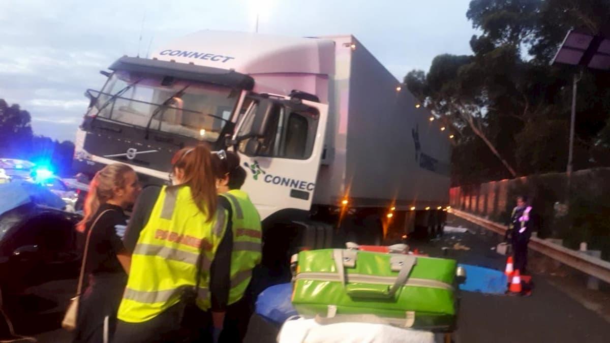 Australia, quattro poliziotti investiti e uccisi da camion a posto di blocco