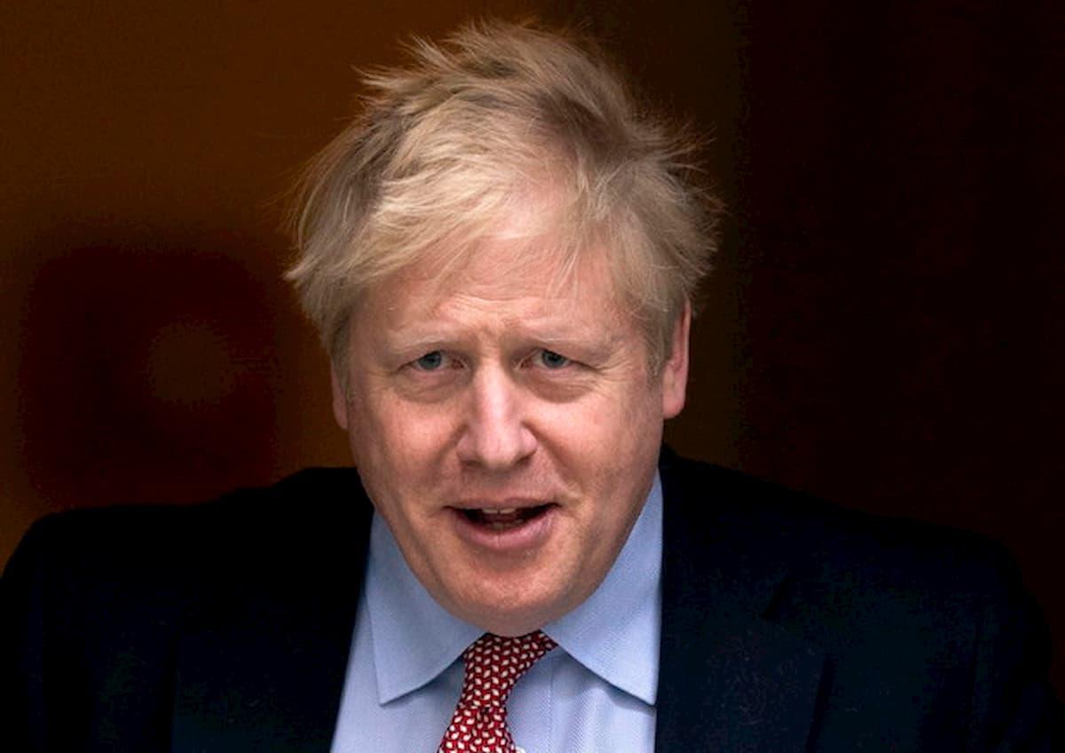 Boris Johnson ha il 46% di possibilità di sopravvivenza dal coronavirus: lo dicono i numeri in Gb