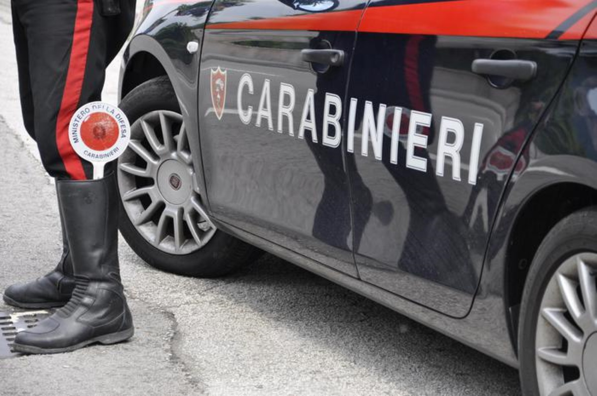 Arezzo badante sequestrata da pensionato: denunciato dai carabinieri