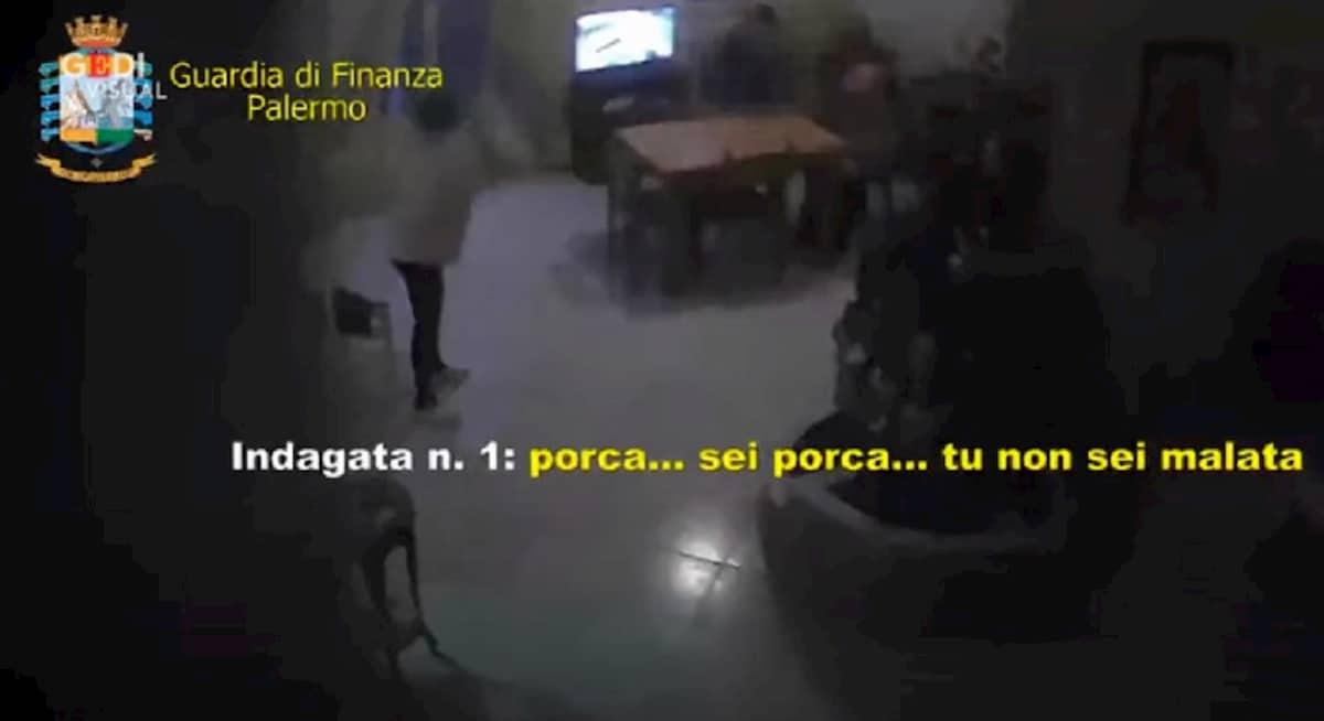 Casa di riposo a Palermo: calci, botte e minacce... non solo coronavirus per gli anziani