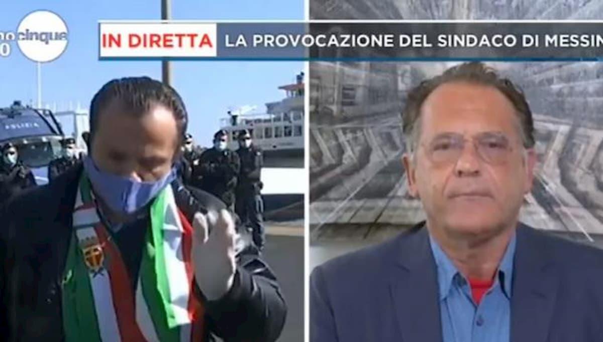 """Mattino 5, Cecchi Paone a Cateno De Luca: """"Delirante e narcisista"""". Il sindaco: """"Buffoncello"""""""