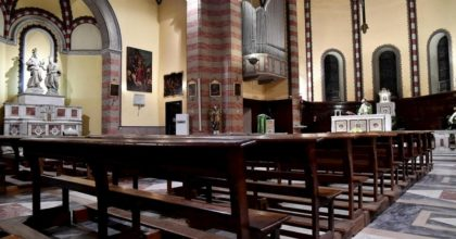 Pescara, messa nonostante i divieti: multati prete e fedeli