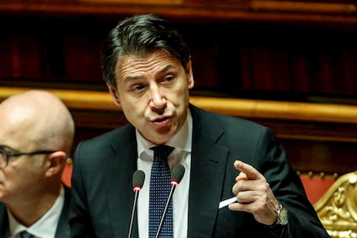 """Coronavirus, Conte: """"Vacanze in Italia. Prudenza sulle aperture il 27 aprile"""""""