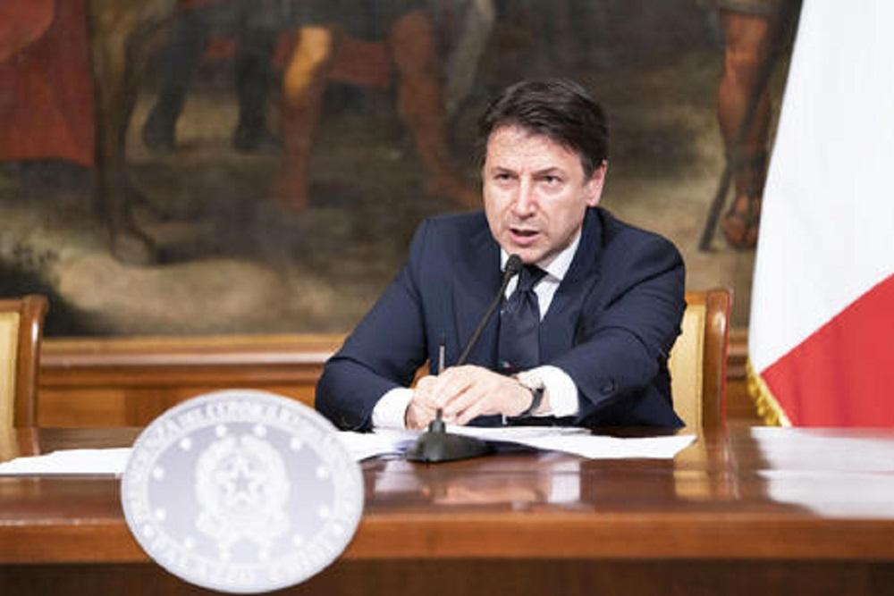 Coronavirus, conferenza stampa di Conte alle 14 sulle nuove strategie di lockdown