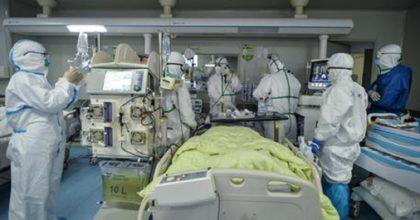 """Coronavirus, il ministro Speranza: """"Dovremo conviverci finché non ci sarà una cura"""""""
