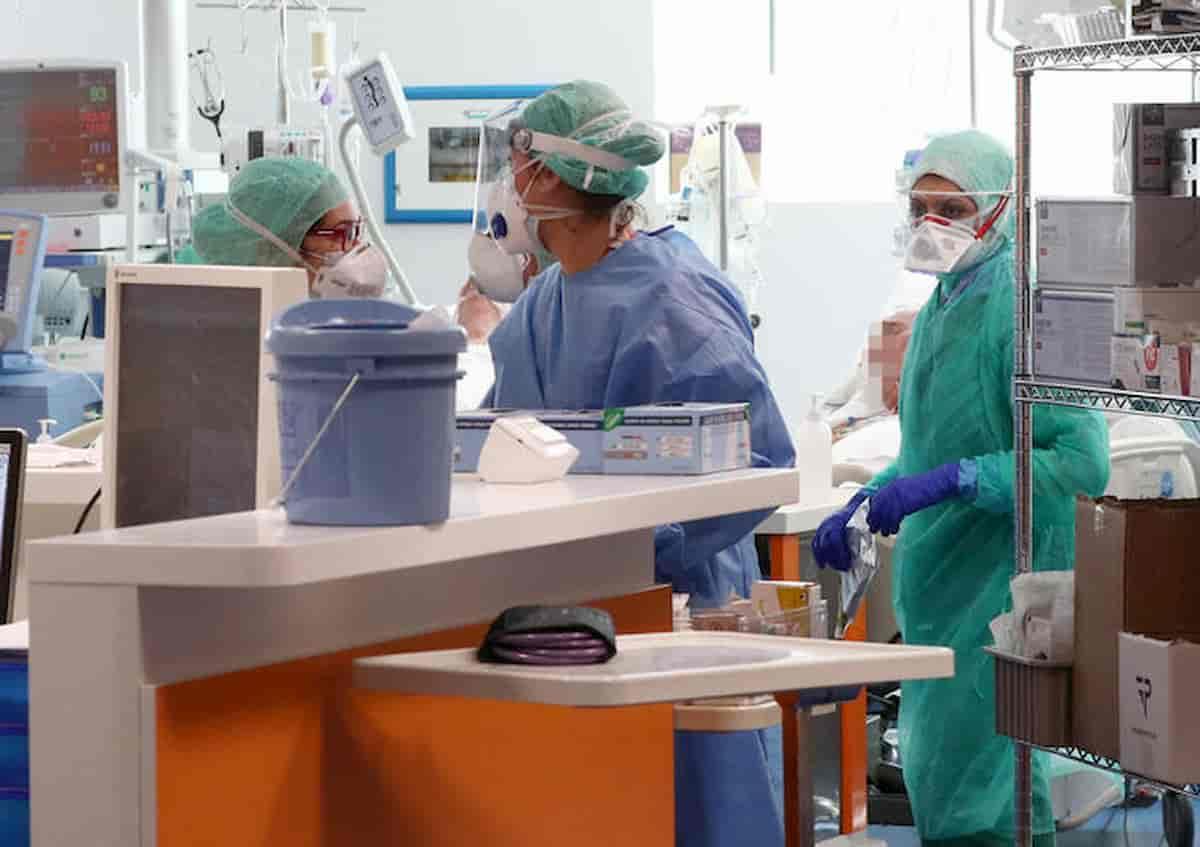"""Coronavirus uccide il neurologo Riccardo Zucco, il """"mago del mal di testa"""""""