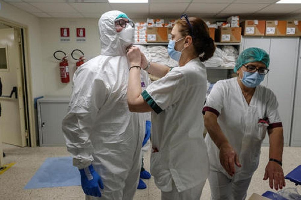 Coronavirus New York, morta una neonata di 5 mesi. La vittima più giovane della pandemia