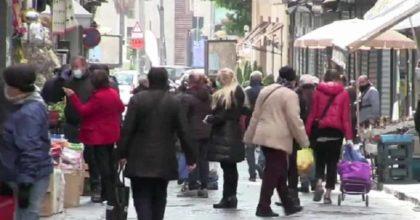 Quarantena Italia si va squagliando, tra 15 giorni sarà poltiglia di fabbriche vuote e strade piene