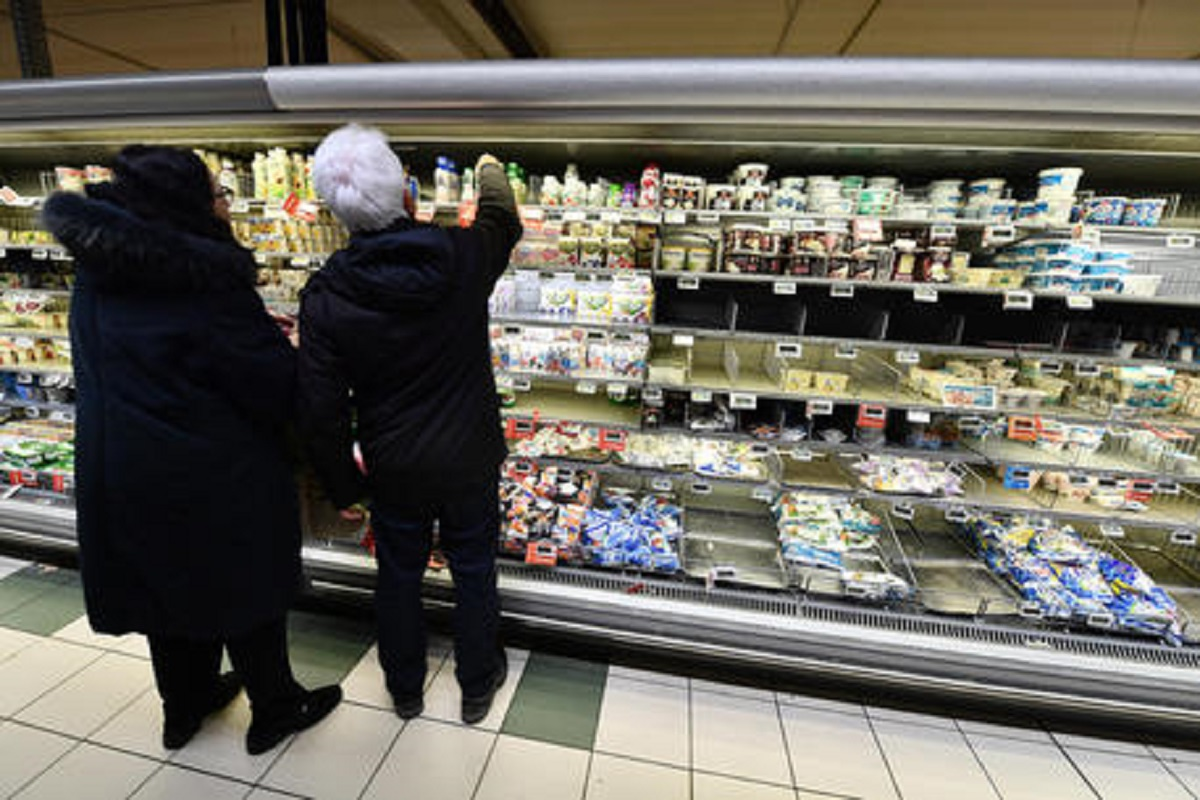 Prezzi della spesa salgono. E nei supermercaticalano le promozioni