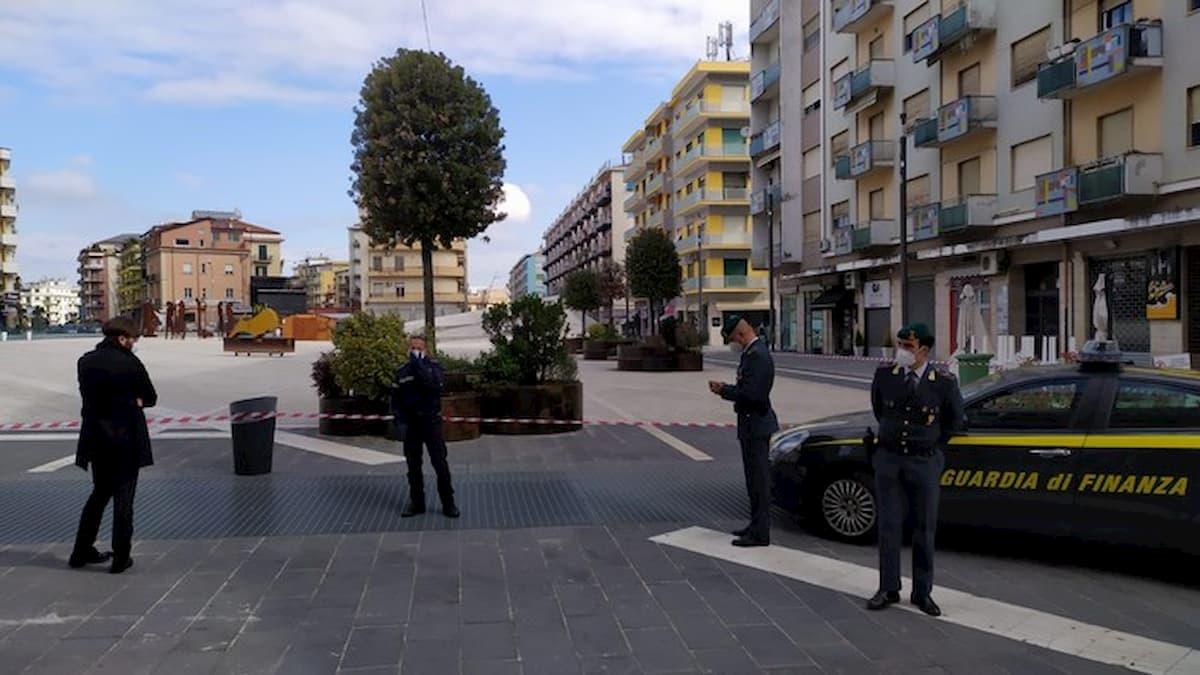 Cosenza, sequestrata piazza Bilotti. Sigilli anche al parcheggio sotterraneo