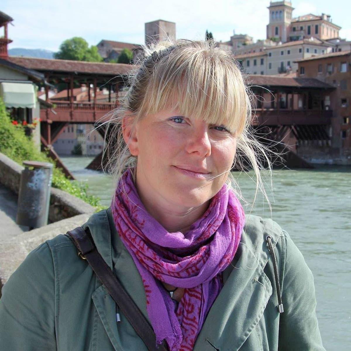 Coronavirus, a Pasquetta fermata sulla via del Mare la deputata ex M5s Sara Cunial