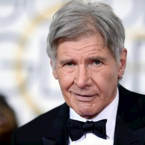 Harrison Ford , incidente aereo sfiorato. L'attore-pilota aveva frainteso un ordine della torre di controllo
