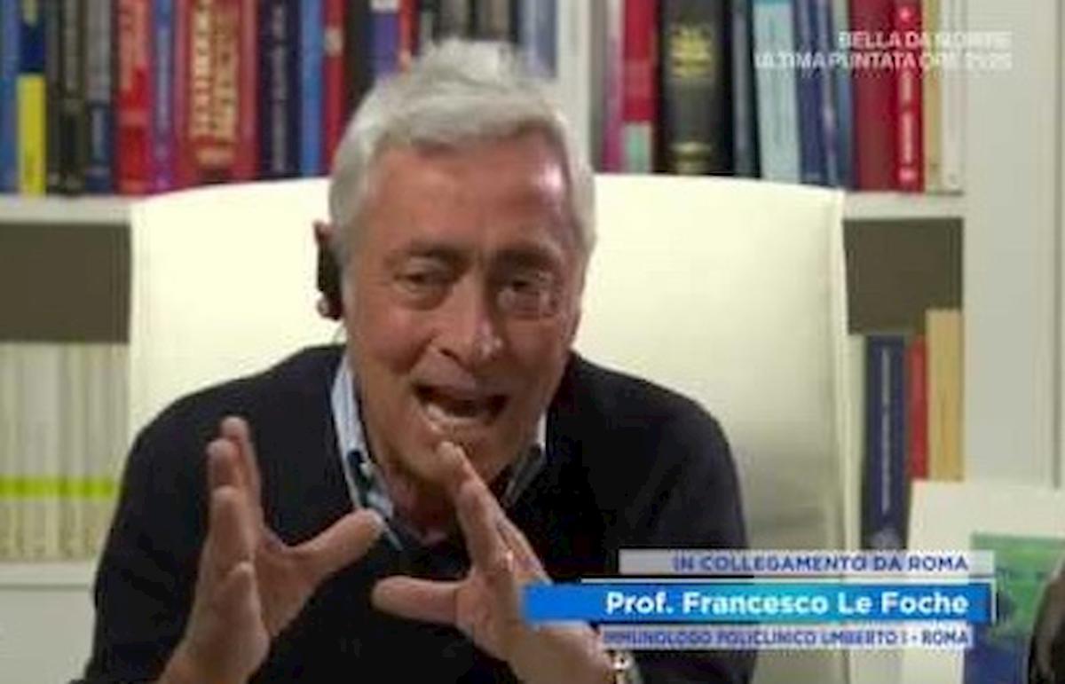 """Coronavirus, l'immunologo Le Foche: """"Tende a spegnersi da solo. Le vacanze? In Italia, ma le faremo"""""""