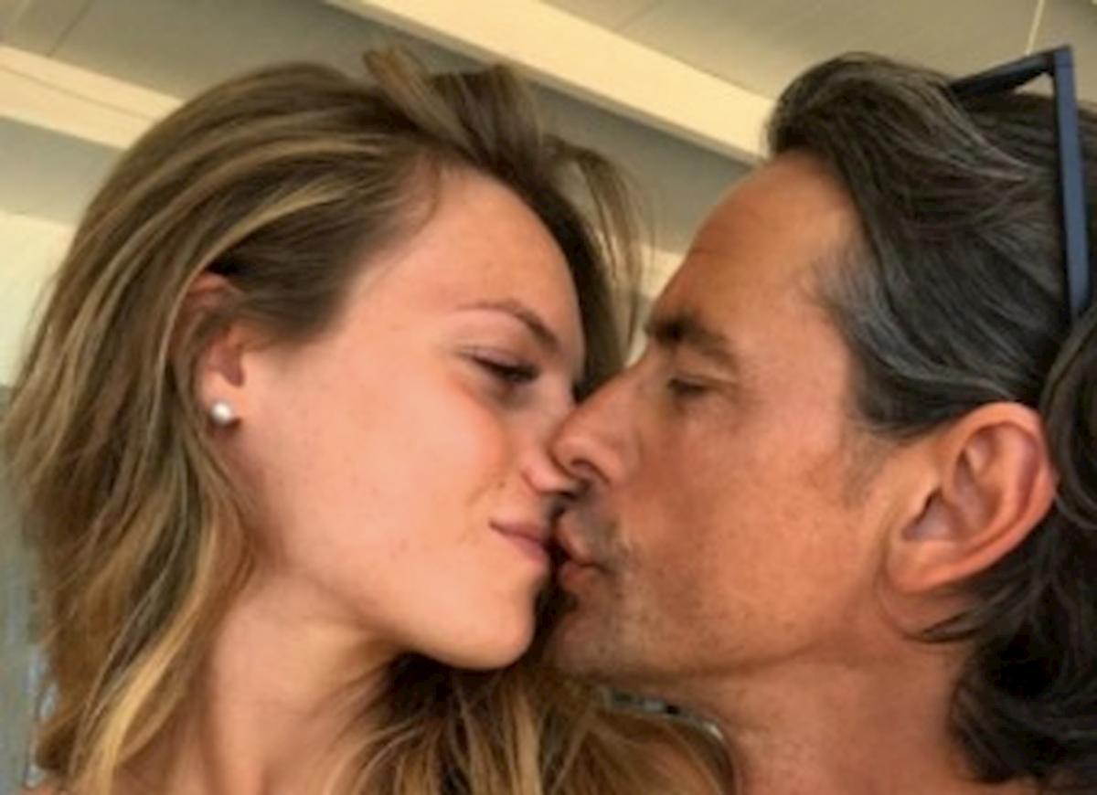 Pippo Inzaghi bacia Angela Robusti (ex Uomini e Donne), la foto su Instagram