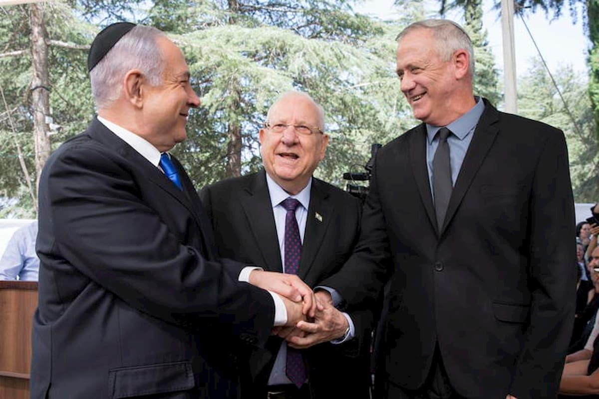 Israele ha un governo: intesa tra Netanyahu e Gantz dopo oltre un anno