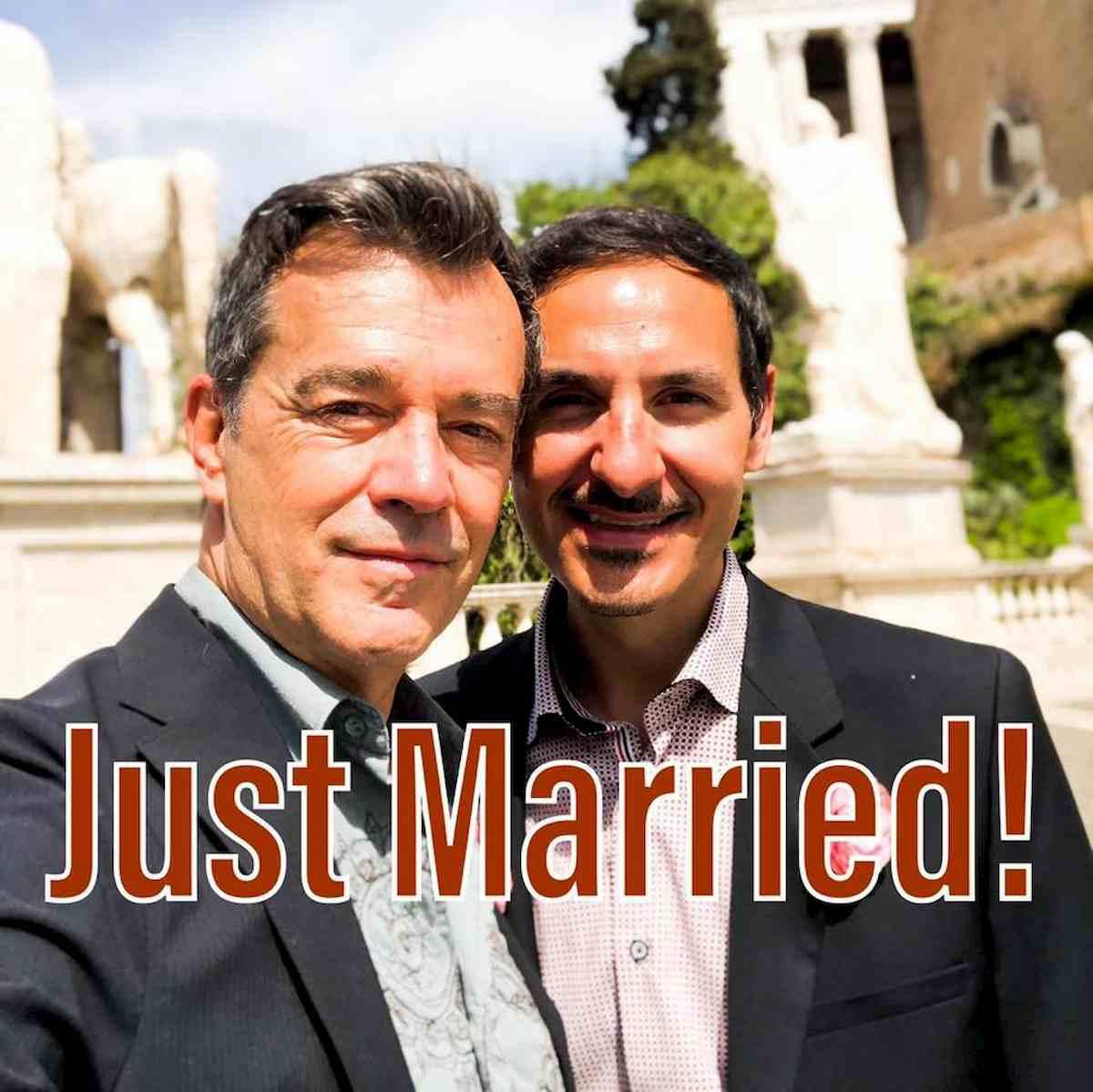 Il mitico Jean-Claude si è sposato. Il comico, al secolo Marcello Cesena, si è unito civilmente col compagno Alessandro Iovine.