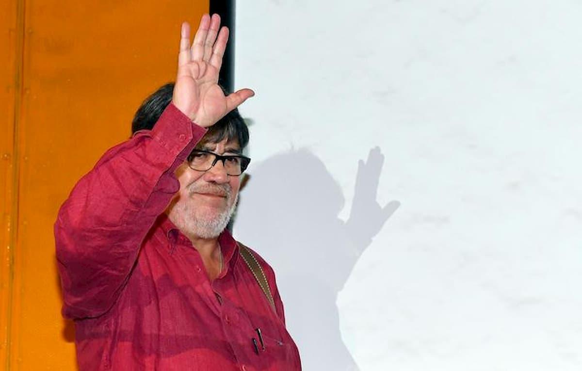 Luis Sepulveda. Combattente, esiliato, poeta: da Pinochet ai bestseller, il romanzo di uno scrittore