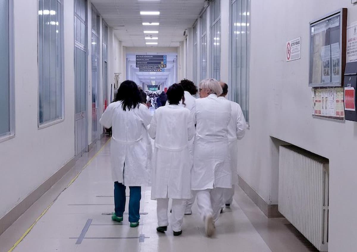 """Lucca, messaggio dai vicini ad una infermiera: """"Ci porti il coronavirus a casa"""""""