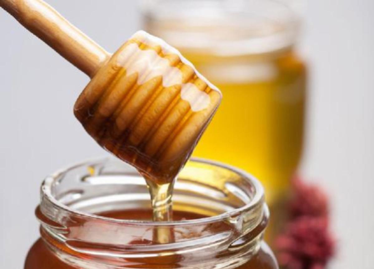 Coronavirus fake news smascherate: miele, yoga, sudare...