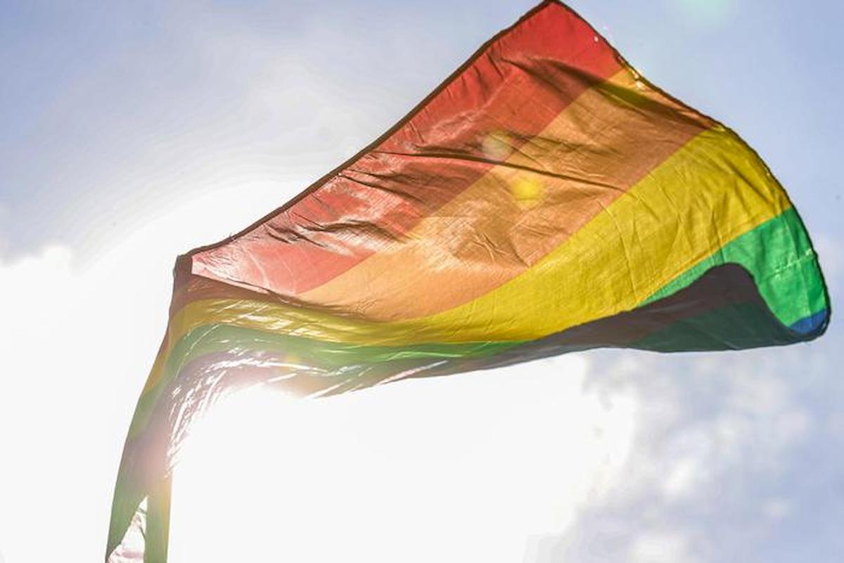 Tunisia apre a nozze gay: prima volta nel mondo arabo. Ma un deputato smentisce