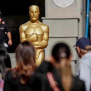 Premi Oscar, il virus cambia le regole: candidabili anche i film usciti direttamente in streaming