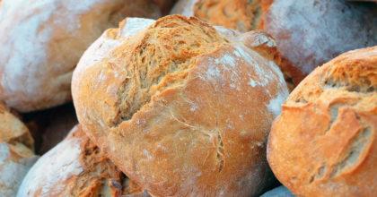 Chiusi in casa torna la voglia di fare il pane: i consigli per realizzarlo al meglio