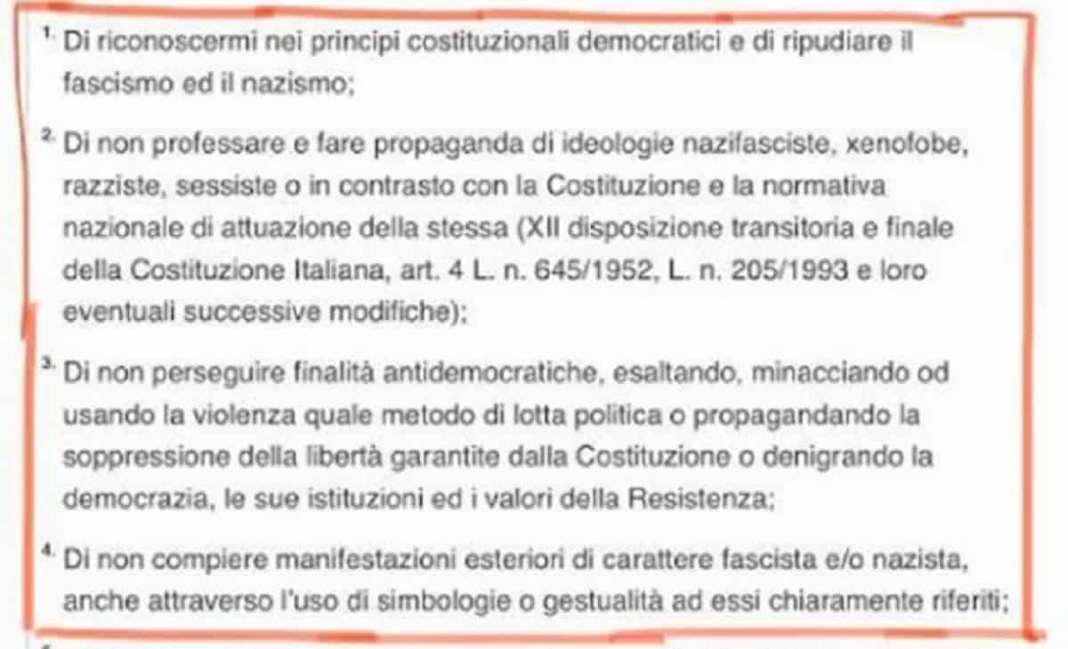 Parma, buoni spesa Coronavirus solo se sei antifascista: la regola del Comune di Pizzarotti FOTO