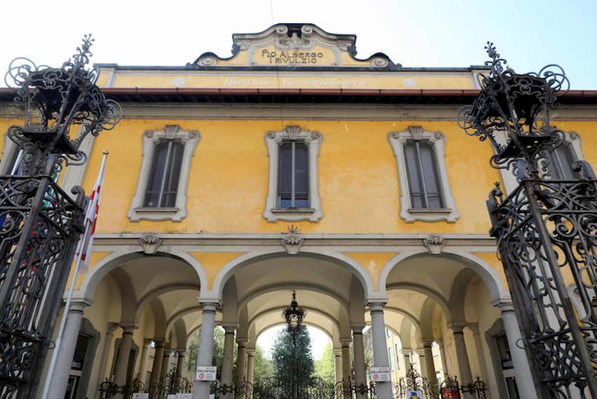 "Pio Albergo Trivulzio, le testimonianze degli infermieri: ""Noi minacciati se usavamo mascherine"""
