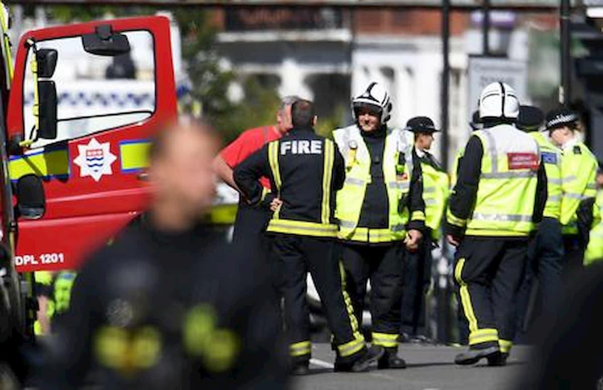 Londra, due bambini di uno e tre anni accoltellati a morte