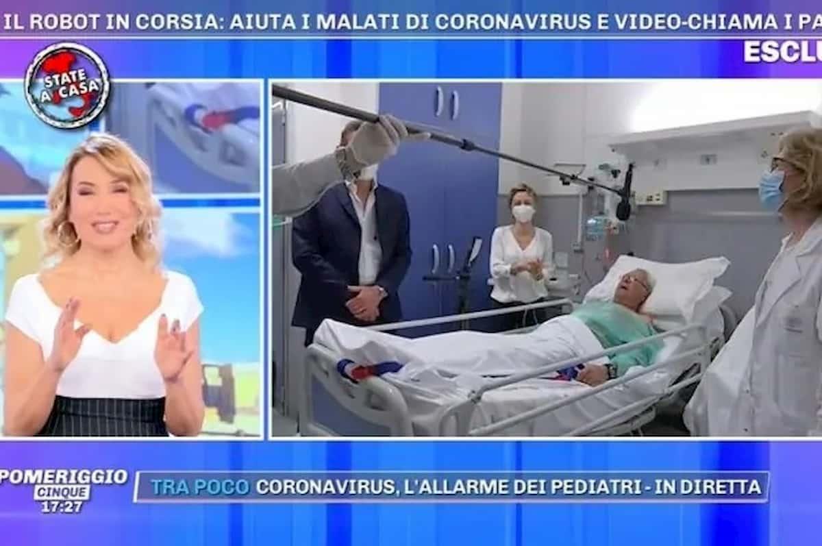 """Pomeriggio 5, paziente in collegamento a Barbara d'Urso: """"Se ti faccio degli apprezzamenti mi arrestano..."""""""