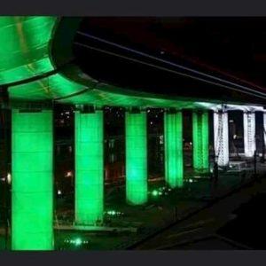 """Ponte Genova illuminato con il tricolore. Il sindaco Bucci: """"A luglio l'inaugurazione"""""""